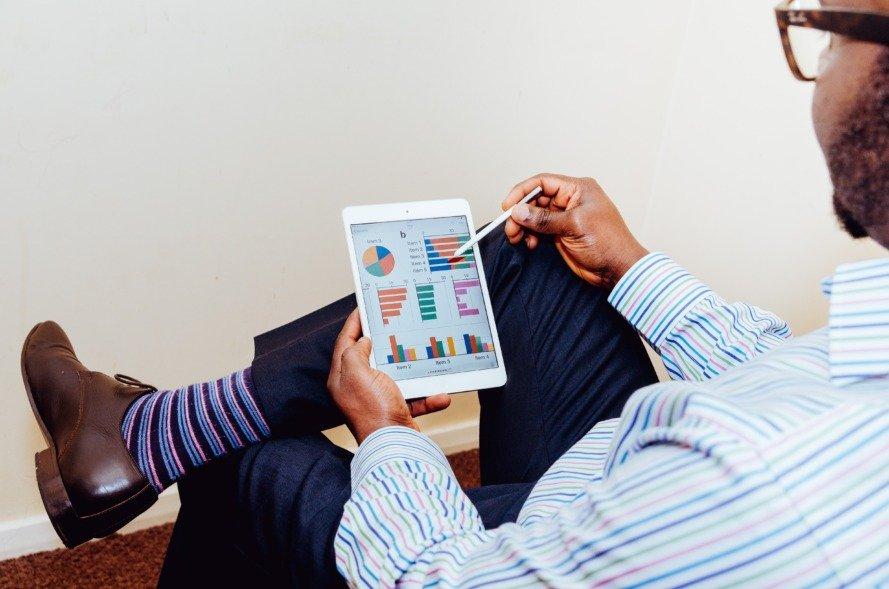 how to build a balanced stock portfolio